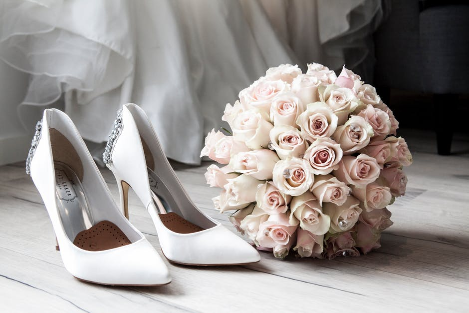 3 Ways to Save Money During Wedding Planning