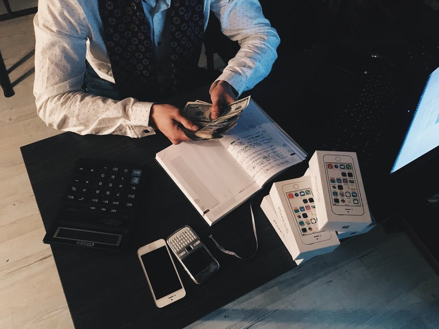 3 Ways to Prepare To Ask For A Salary Increase