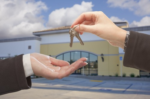 4 Questions to Ask Before Buying Commercial Real Estate