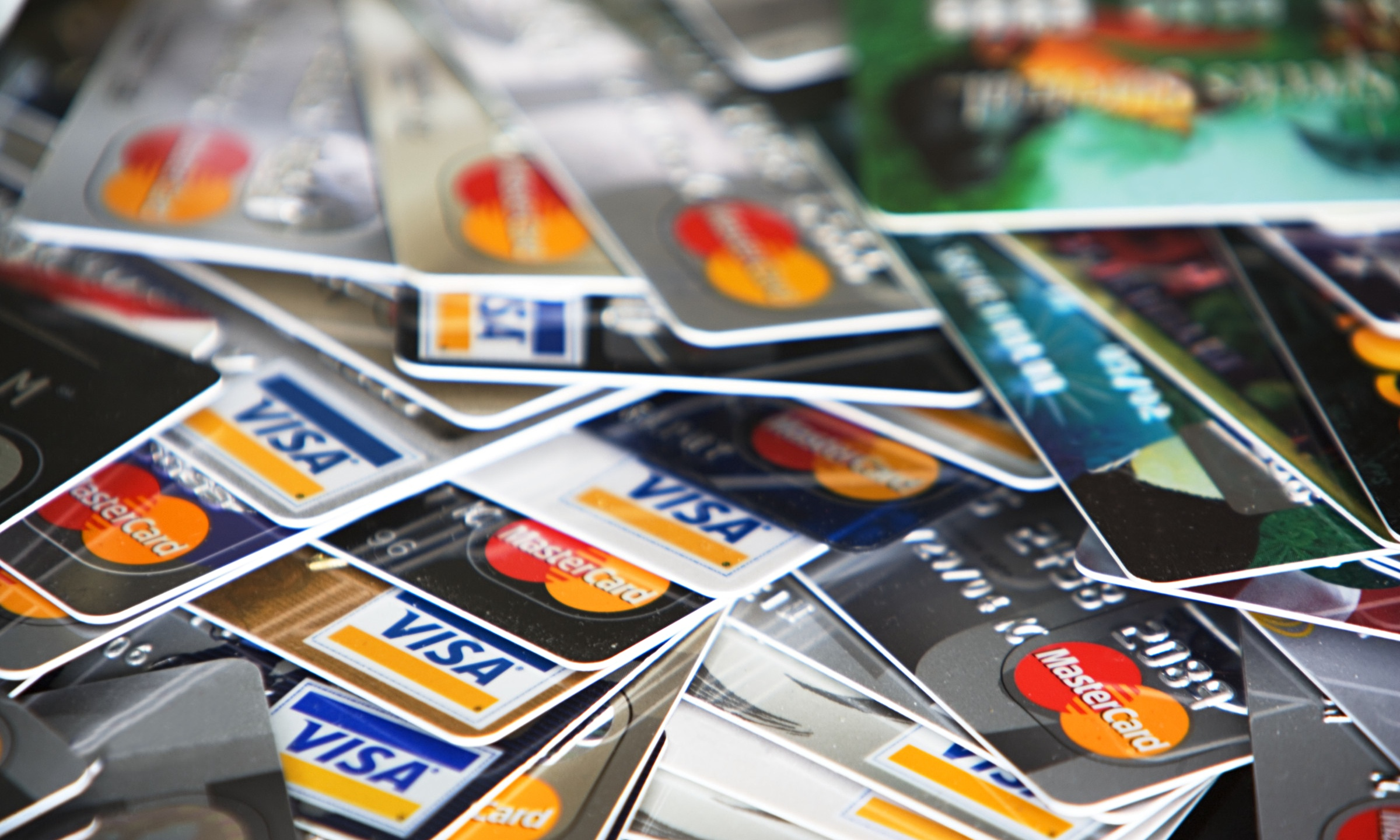 3 Tips for Overcoming A Credit Card Addiction