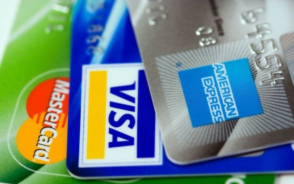 5 Things You Should Know Before Getting A Credit Card